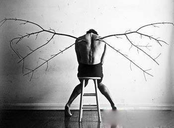 精神分裂症患者有什么怪异的行为