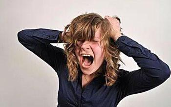 什么样的人易患精神分裂症? 精神分裂症有什么表现?